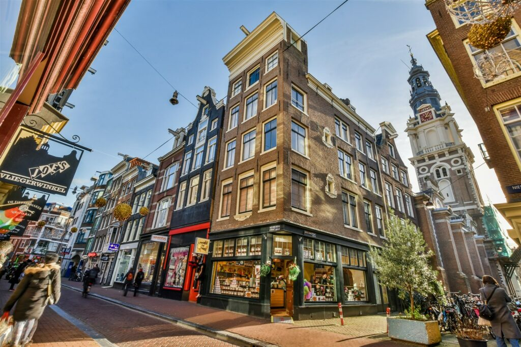 Bestel een taxi amsterdam centrum bij de amsterdamse taxi service.