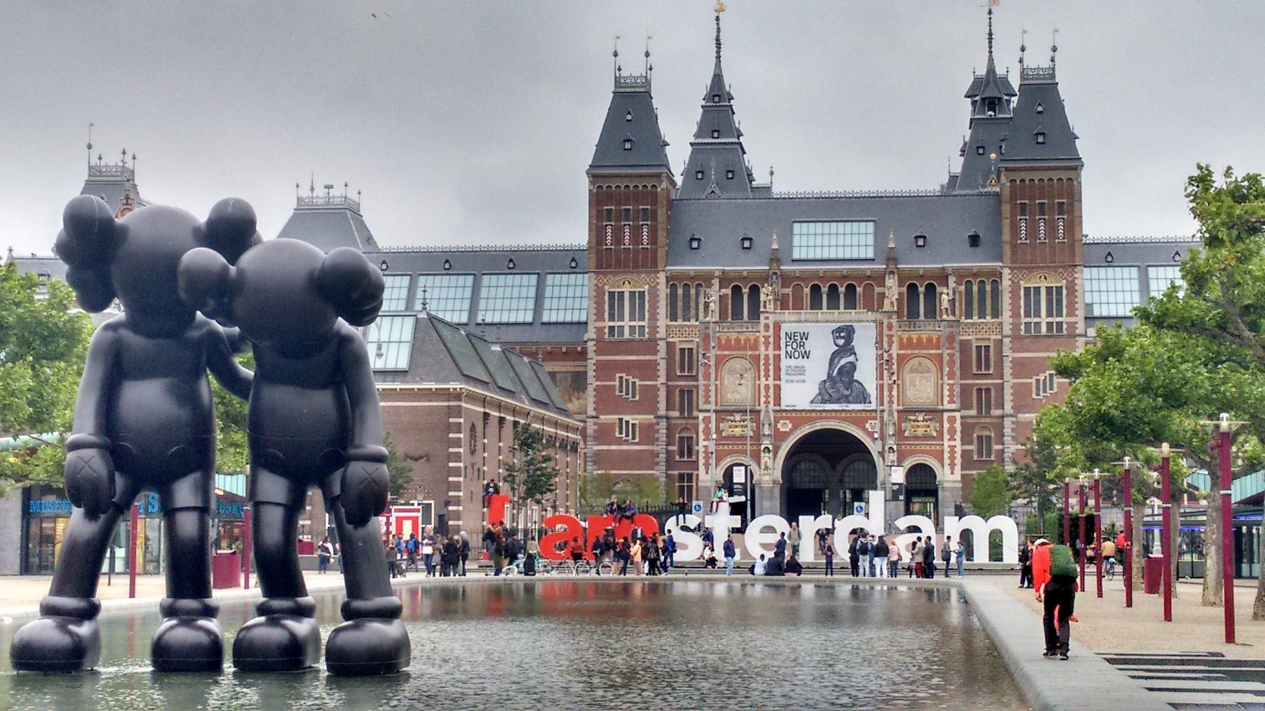 Cheap taxi van Amsterdam naar Schiphol?